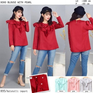 B95 XOXO Blouse with Pearl